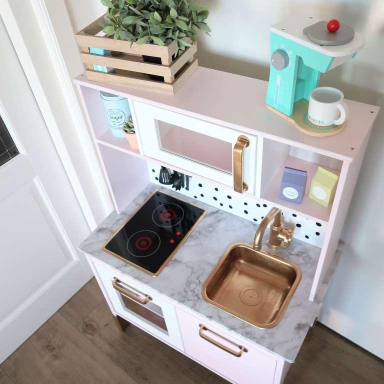 Ikea duktig keukentje pimpen gepimpt speelgoedkeukentje make-over hacks - Mama's Meisje blog