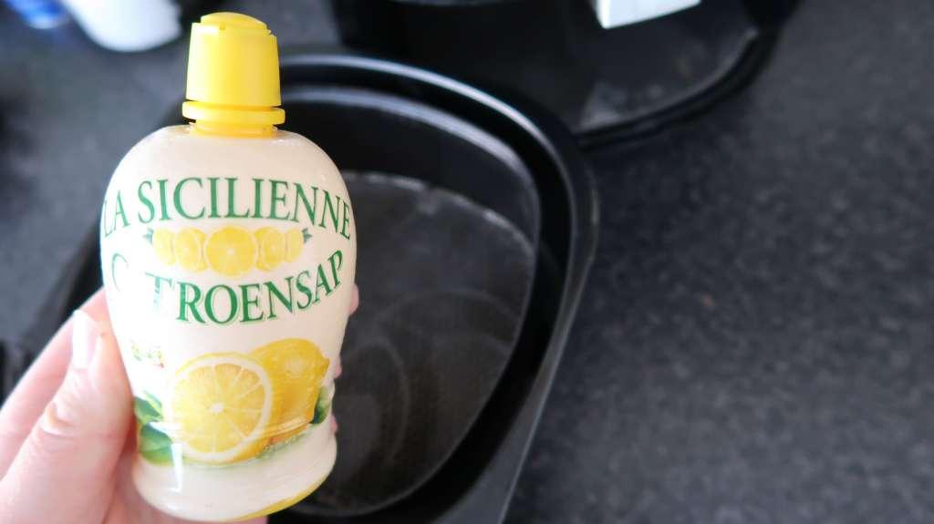 Airfryer schoonmaken met citroen citroensap - Mama's Meisje blog