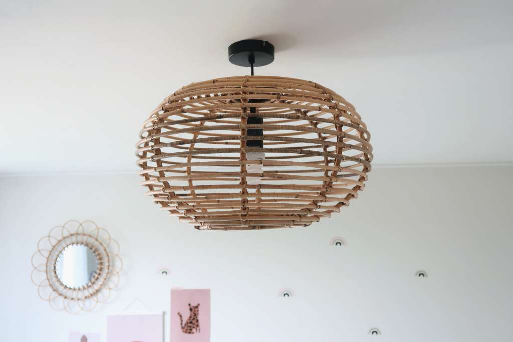 Rotan lamp rond via directlampen.nl - Mama's Meisje blog