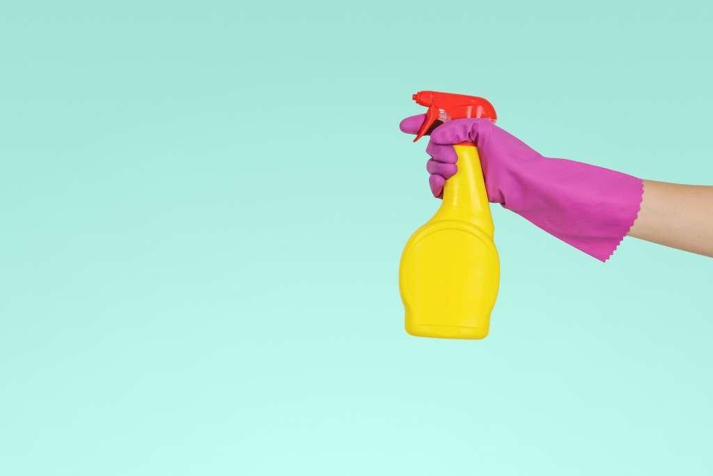 schoonmaken sprayflacon - Mama's Meisje blog