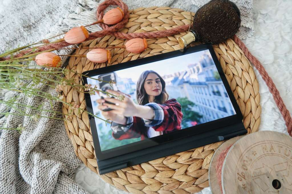 Nieuwe serie op Netflix Emily in Paris - Mama's Meisje blog